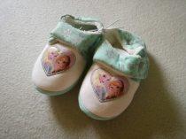 Mothercare Frozen szobacipő/mamusz ÚJ (29)