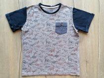 Matalan póló szürke, dinó mintás, zsebbel (134)