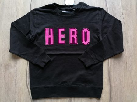 Next pulóver fekete, feliratos Új-címkés (104)