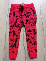 Next melegítő nadrág piros, dinó mintás Új-címkés (98)
