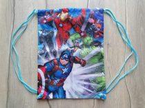 F&F tornazsák Marvel mintás Új-címkés
