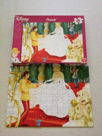 Disney Cinderella kirakó/puzzle