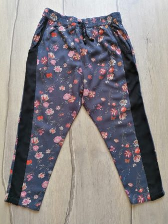 Next nadrág virág mintás, megkötős (116)