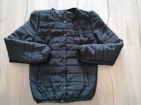 Kabát átmeneti fekete színű, masnival (158)