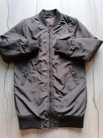Reserved kabát olajzöld, hímzett virág mintás (146)