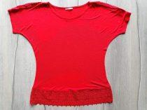 Orsay póló/felső piros színű, horgolt dísszel (158)
