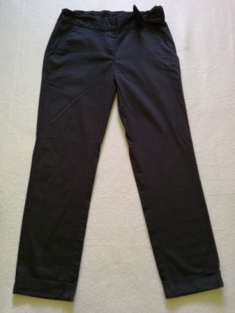 Next fekete capri nadrág, masnival a derekán (146)
